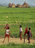 TRADITIONAL BALL GAME