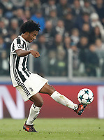 Football Soccer: UEFA Champions League Juventus vs Sporting Clube de Portugal, Allianz Stadium. Turin, Italy, October 18, 2017. <br /> Juventus' Juan Cuadrado in action during the Uefa Champions League football soccer match between Juventus and Sporting Clube de Portugal at Allianz Stadium in Turin, October 18, 2017.<br /> UPDATE IMAGES PRESS/Isabella Bonotto