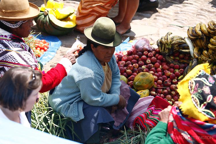 A fruit vendor at the Pisac market.