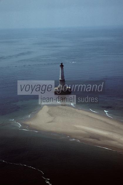 Europe/France/Poitou-Charentes/17/Charente-Maritime : Phare de Cordouan (66 mètres de haut) -Vue aérienne