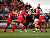 Photo: Richard Lane/Richard Lane Photography. RC Toulon v Wasps.  European Rugby Champions Cup Quarter Final. 05/04/2015. Wasps' Ashley Johnson kicks.