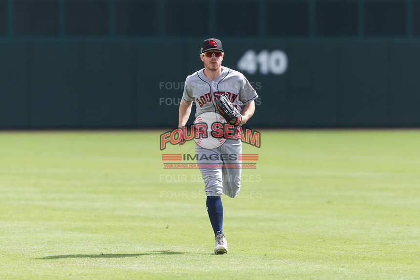 Scottsdale Scorpions center fielder Drew Ferguson (18), of the Houston Astros organization, jogs off the field between innings of an Arizona Fall League game against the Glendale Desert Dogs at Camelback Ranch on October 16, 2018 in Glendale, Arizona. Scottsdale defeated Glendale 6-1. (Zachary Lucy/Four Seam Images)
