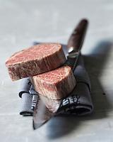 Japon: Boeuf de Kobe (Japon) couteaux japonais Miyabi by Zwilling