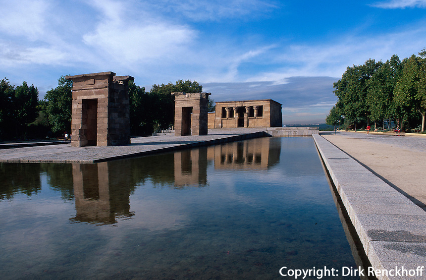 Spanien, Templo de Debod in Madrid, ägyptischer Tempel aus dem 4.Jh. vor Christus