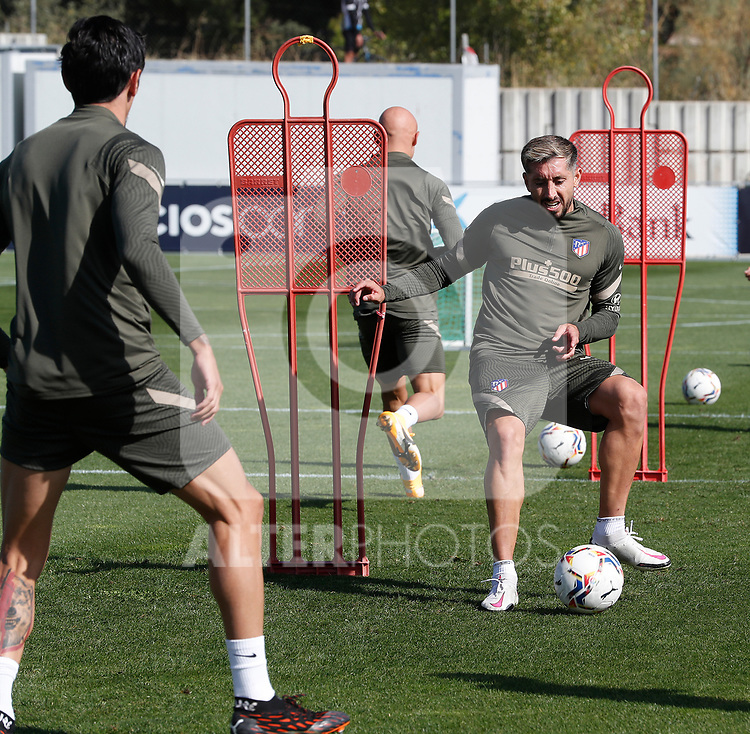 Atletico de Madrid's Hector Herrera during training session. October 1, 2020. (ALTERPHOTOS/Atletico de Madrid/Pool)