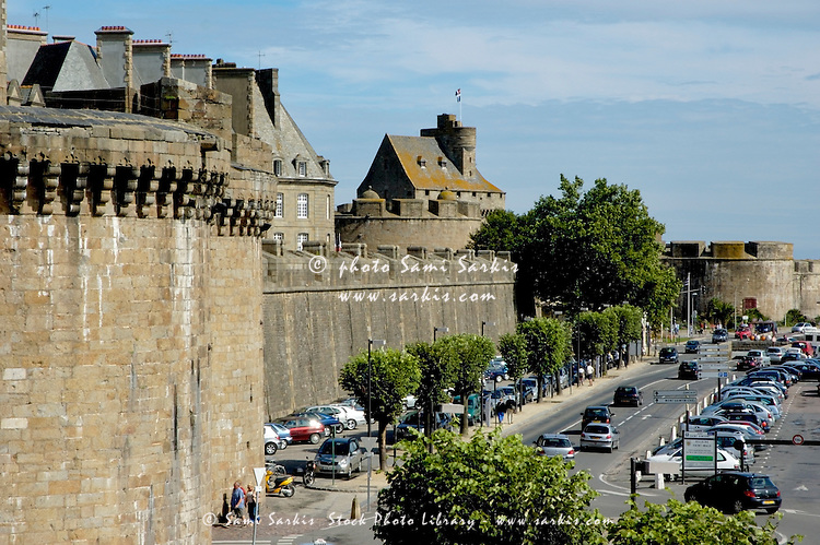 Ramparts bordering the walled city, Saint-Malo, Brittany, France.