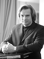 Jean-Francois lapointe, Opera singer  at Analekta fall 2006 launch<br /> Photo by Pierre Roussel / Images Distribution