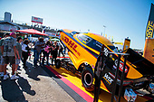 Toyota Racing Experience, J.R. Todd, DHL, fans, crowd