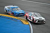 #20: Erik Jones, Joe Gibbs Racing, Toyota Camry Toyota TrueStart, #22: Joey Logano, Team Penske, Ford Mustang PPG