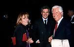 BORIS E FLAVIA BIANCHERI CON JOHN ELKANN<br /> SERATA PURGATORIO AL PANTHEON ROMA 2001