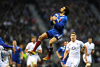 Yoann Huget of France catches the high ball during the RBS 6 Nations match between England and France at Twickenham on Saturday 23rd February 2013 (Photo by Rob Munro)
