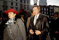 Joe Clark<br /> et Maureen McTeer au funerailles de Rene Levesque a Quebec, le 5 novembre 1987<br /> <br /> PHOTO :   Agence Quebec Presse