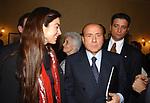 """TRACY ROBERTS CON SILVIO BERLUSCONI<br /> 75° COMPLEANNO DI LINO JANNUZZI - """"DA FORTUNATO AL PANTHEON"""" ROMA 2003"""