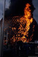 Incendie de la Biosphere<br /> , le 20 mai 1976<br /> <br /> PHOTO : Archives Ville de Montreal