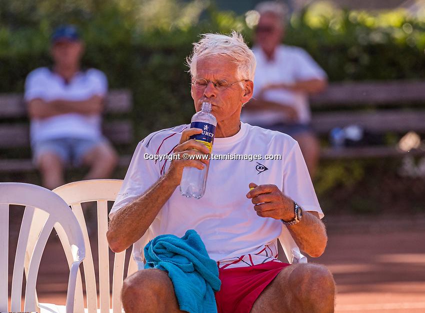 Hilversum, The Netherlands,  August 21, 2020,  Tulip Tennis Center, NKS, National Senior Tennis Championships, Men's single 70+,  Huug van Wingerden (NED)<br /> Photo: Tennisimages/Henk Koster