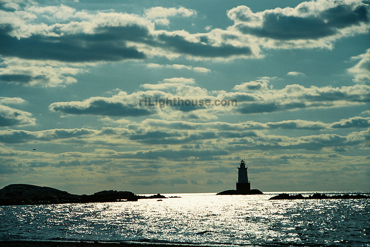 Simmering waves at Sakonnet Point Lighthouse