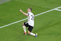 celebrate the goal, Torjubel zum 4:1 Robin Gosens (Deutschland Germany)<br /> - Muenchen 19.06.2021: Deutschland vs. Portugal, Allianz Arena Muenchen, Euro2020, emonline, emspor, <br /> <br /> Foto: Marc Schueler/Sportpics.de<br /> Nur für journalistische Zwecke. Only for editorial use. (DFL/DFB REGULATIONS PROHIBIT ANY USE OF PHOTOGRAPHS as IMAGE SEQUENCES and/or QUASI-VIDEO)