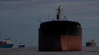 Navios aguardam para serem carregados  no porto de macapá.<br /> Macapá, Pará, Brasil<br /> Foto Paulo Santos