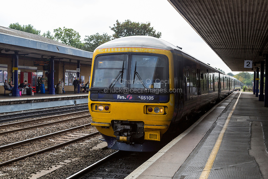 UK, England, Oxford.  Passenger Train Arriving at Oxford Station.