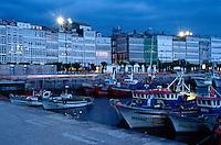 Spanien, Galicien, La Coruña,  Avenida de la Marina, Hafen