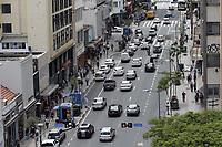 Campinas (SP), 30/11/2020 - Covid-19 - Av Francisco Glicerio. Movimentacao intensa no centro da cidade de Campinas, interior de Sao Paulo, nesta segunda-feira (30). O governador Joao Doria apresenta no Palacio dos Bandeirantes, informacoes sobre o combate ao coronavirus (COVID-19). (Foto: Denny Cesare/Codigo 19/Codigo 19)