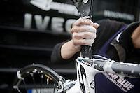 Liège-Bastogne-Liège 2013..post-race cleaning of Thomas Dekkers bike