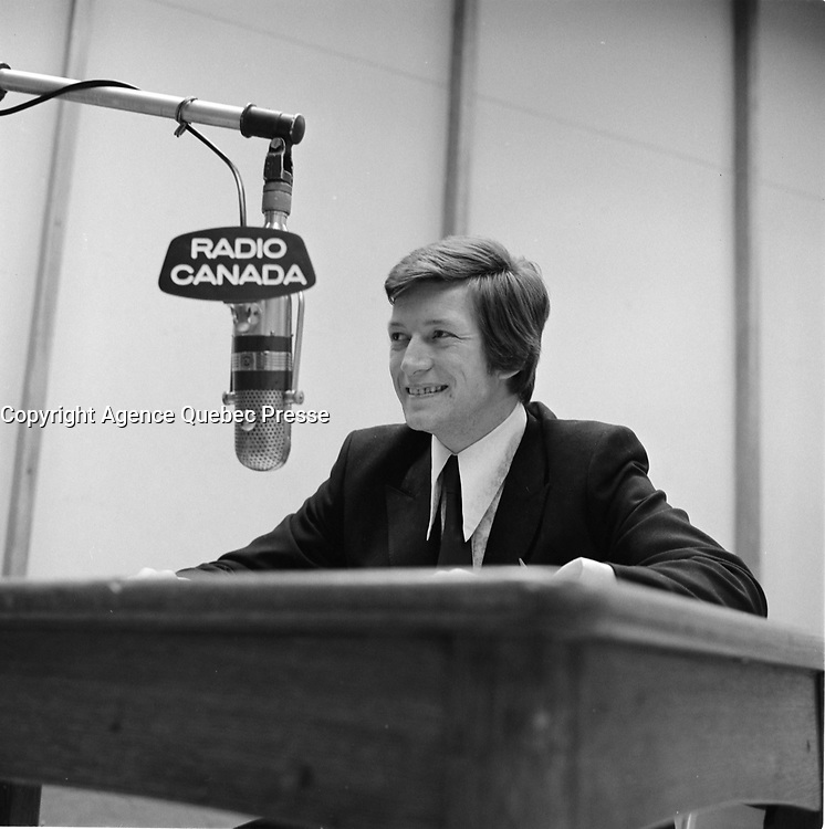 FILE -  L'humoriste Claude Landre<br /> , Radio-Canada, probalement le 13 mars 1970 ou avant<br /> <br /> Photo : Alain Renaud - Agence Quebec Presse