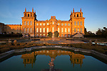 Great Britain, Oxfordshire, Woodstock: Formal gardens of Blenheim Palace, built by Vanbrugh and Hawksmoor between 1704 and 1722, Birthplace of Winston Churchill