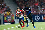 Santiago Arias (L) of Atletico de Madrid fights for the ball with Yann Karamoh of FC Internazionale during their International Champions Cup Europe 2018 match between Atletico de Madrid and FC Internazionale at Wanda Metropolitano on 11 August 2018, in Madrid, Spain. Photo by Diego Souto / Power Sport Images