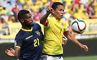 BARRANQUILLA  -COLOMBIA , 28,MARZO-2016. Carlos Bacca jugador de Colombia   disputa el balon con Gabriel Achilier  de Ecuador    por la fecha 6 de las eliminatorias para el mundial de Rusia 2018 jugado en el estadio Metropolitano Roberto Meléndez./ Carlos Baccaof Colombia fights for the ball withGabriel Achilier of Ecuador  during   a match between Colombia and Ecuador as part of FIFA 2018 World Cup Qualifier six date at Metropolitano Roberto Melendez Stadium on March  28, 2015 in Barranquilla, Colombia. Photo: VizzorImage / Felipe Caicedo / Staff