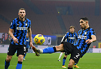 Calcio, Serie A: Inter Milano - Juventus FC , Giuseppe Meazza (San Siro) stadium, in Milan, January 17, 2021.<br /> Inter's Achraf Hakimi (r) in action during the Italian Serie A football match between Inter and juventus at Giuseppe Meazza (San Siro) stadium, January 17,  2021.<br /> UPDATE IMAGES PRESS/Isabella Bonotto