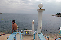 - spiaggia di un hotel a punta Verudela..- beach of a hotel at cape Verudela
