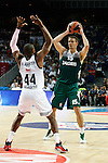 Basketball Real Madrid´s Slaughter (L) and Zalgiris Kaunas´s Javtokas during Euroleague basketball match in Madrid, Spain. October 17, 2014. (ALTERPHOTOS/Victor Blanco)