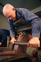 Europe/France/Auverne/63/Puy-de-Dôme/Parc Naturel Régional du Livradois-Forez/Thiers: Le musée des couteliers - Emouleur couché // France, Puy de Dome, Thiers, the Cutlery Museum , The grinder work  lying
