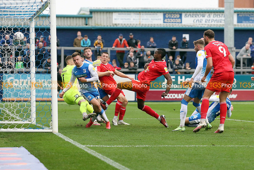 Omar Beckles scores O's equaliser and celebrates during Barrow vs Leyton Orient, Sky Bet EFL League 2 Football at the The Dunes Hotel Stadium on 9th October 2021