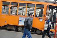- Milan, tram and immigrants....- Milano, tram e immigrati