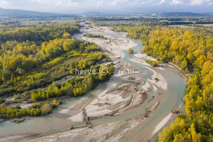France, Drome, Eurre, National natural reserve of the Ramieres du Val de Drome in autumn (aerial view) // France, Drôme (26), Eurre, Réserve naturelle nationale des Ramières du Val de Drôme en automne (vue aérienne)