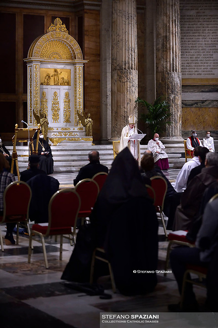 Second Vespers presided over by Cardinal Kurt Koch on the occasion of the Solemnity of the Conversion of Saint Paul. during the 54th Week of Prayer for Christian Unity in the Basilica of St. Paul Outside the Walls. The second Vespers was not presided over by Pope Francis due to the recurrence of sciatica. Rome (Italy), January 25th, 2021
