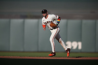 SAN FRANCISCO, CA - JUNE 5: Evan Longoria #10 of the San Francisco Giants runs off the field against the Chicago Cubs during the game at Oracle Park on Saturday, June 5, 2021 in San Francisco, California. (Photo by Brad Mangin)