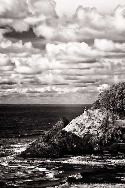 Black and white of Haceta Head Lighthouse
