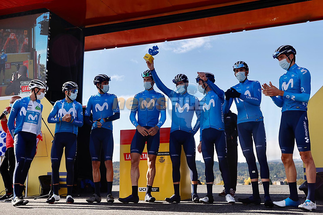 Movistar Team leading team of yesterday's stage at sign on before the start of Stage 14 of the Vuelta Espana 2020, running 204.7km from Lugo to Ourense, Spain. 4th November 2020. <br /> Picture: Luis Angel Gomez/PhotoSportGomez | Cyclefile<br /> <br /> All photos usage must carry mandatory copyright credit (© Cyclefile | Luis Angel Gomez/PhotoSportGomez)