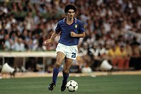 Paolo Rossi Italien am Ball<br /> Photo Imago/Insidefoto <br /> Italy ONLY