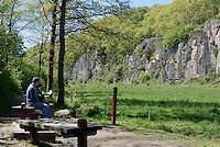 Spalt-Tal Ekkodalen (Echotal) auf der Insel Bornholm, Dänemark, Europa<br /> gap valley Ekkodalen, Isle of Bornholm Denmark