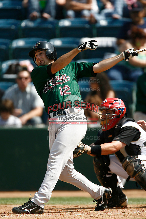 May 20, 2007: Derek Bruce of the Visalia Oaks bats against the Rancho Cucamonga Quakes at The Epicenter in Rancho Cucamonga,CA.  Photo by Larry Goren/Four Seam Images