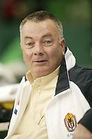 6-2-06, Netherlands, Amsterdam, Daviscup, first round, Netherlands-Russia, training,KNLTB  suppervisor Koert Beek