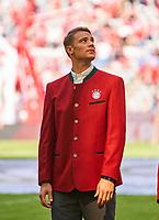 Manuel NEUER, FCB 1  in Tracht  Halbfigur ,  , Einzel, Portrait, Portraet, Einzel   <br /> FC BAYERN MUENCHEN - VFB STUTTGART 1-4<br /> Football 1. Bundesliga , Muenchen,12.05.2018, 34. match day,  2017/2018, , 28.Meistertitel, <br />   *** Local Caption *** © pixathlon