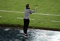 PEREIRA - COLOMBIA, 29-04-2021: Enrique Garcia, tecnico de Aragua F. C. (VEN), durante partido entre La Equidad (COL) y Aragua F. C. (VEN) por la Copa CONMEBOL Sudamericana 2021 en el Estadio Hernan Ramirez Villegas de la ciudad de Pereira. / Enrique Garcia, coach of Aragua F. C. (VEN), during a match beween La Equidad (COL) and Aragua F. C. (VEN) for the CONMEBOL Sudamericana Cup 2021 at the Hernan Ramirez Villegas Stadium, in Pereira city.  Photo: VizzorImage / Pablo Bohorquez / Cont.
