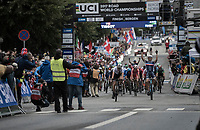 Benoit Cosnefroy (FRA/AG2R-La Mondiale) stays just ahead of the incoming peloton and becomes the new U23 World Champion<br /> <br /> Men Under-23 Road Race<br /> <br /> UCI 2017 Road World Championships - Bergen/Norway