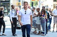NEW YORK, EUA, 10.07.2017 - MITCHEL-SLAGGERT - Mitchell Slaggert é visto no bairro do Soho na cidade de New York nesta segunda-feira, 10. (Foto: William Volcov/Brazil Photo Press)