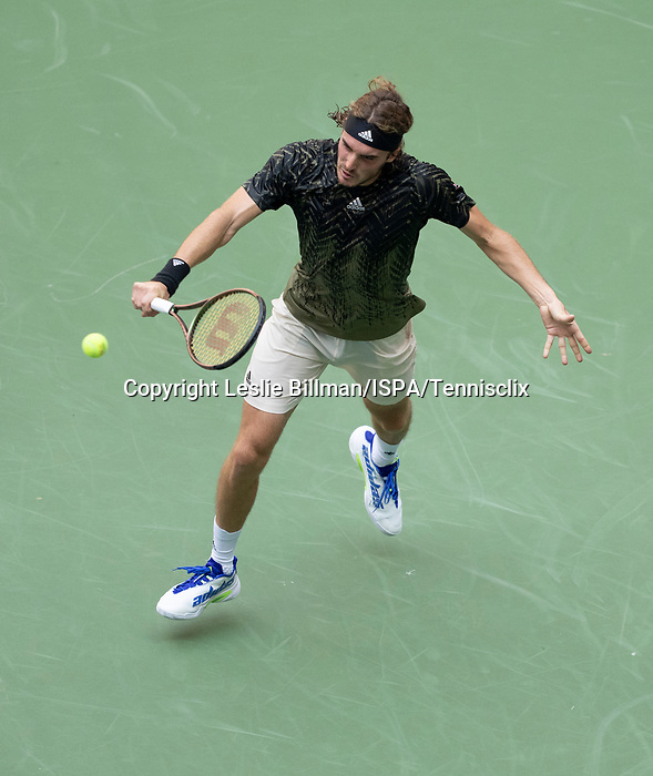 August  30, 2021:  Stefanos Tsitsipas (GRE) defeated Andy Murray (GBR) 6-2, 6-7, 6-3, 3-6, 4-6, at the US Open being played at Billy Jean King Ntional Tennis Center in Flushing, Queens, New York / USA  ©Leslie Billman/Tennisclix/CSM
